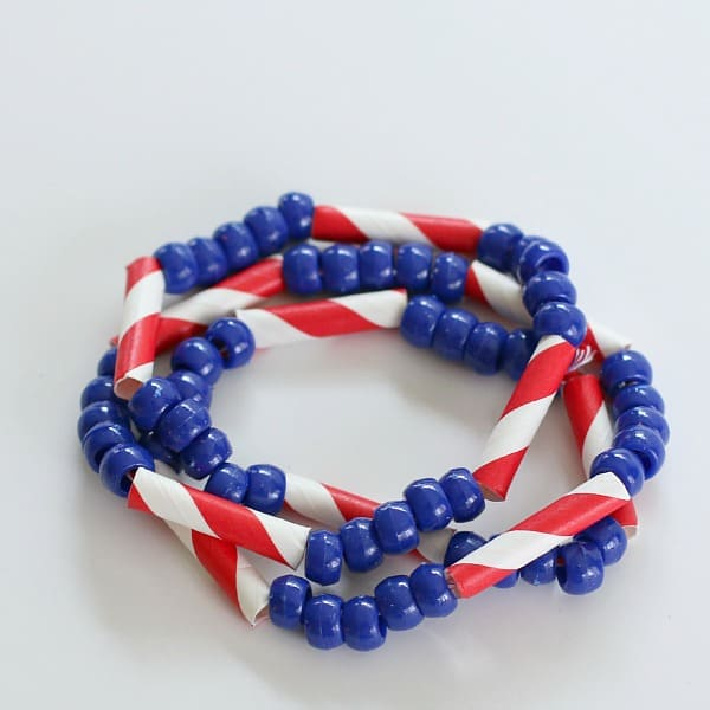 4th of july bracelet from Buggy and Buddy