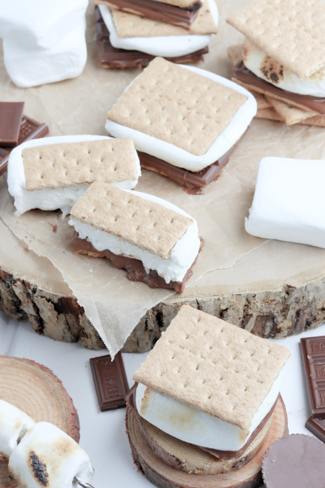 The Easiest Air Fryer S'mores Recipe
