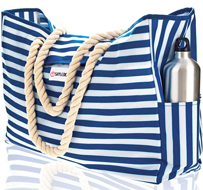 Blue and white traditional beach bag or pool bag from Amazon