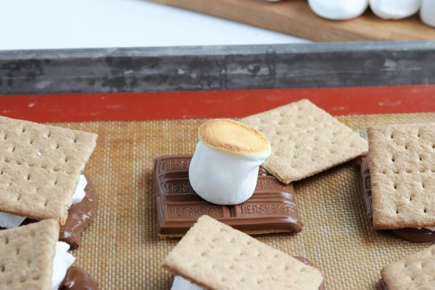 How To Make S'mores In The Oven