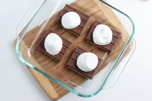 Easy Microwave S'mores Recipe