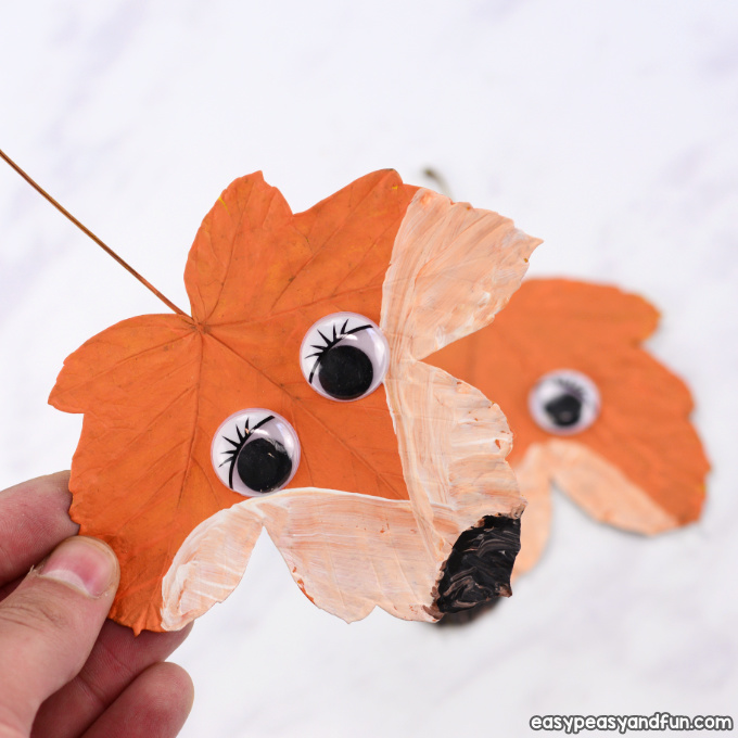 Make a fox out of a leaf with this fall leaf craft from Easy Peasy and Fun