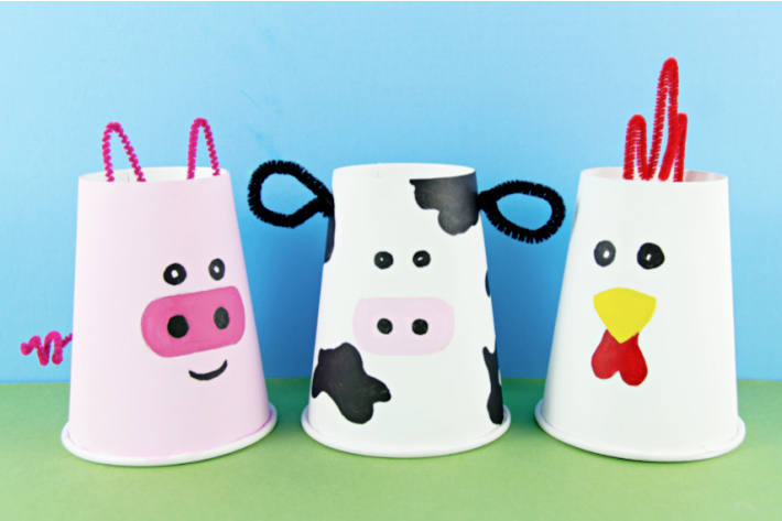 Paper Cup Farm Animals - pig cow chicken - The Big Book of Kids Activities