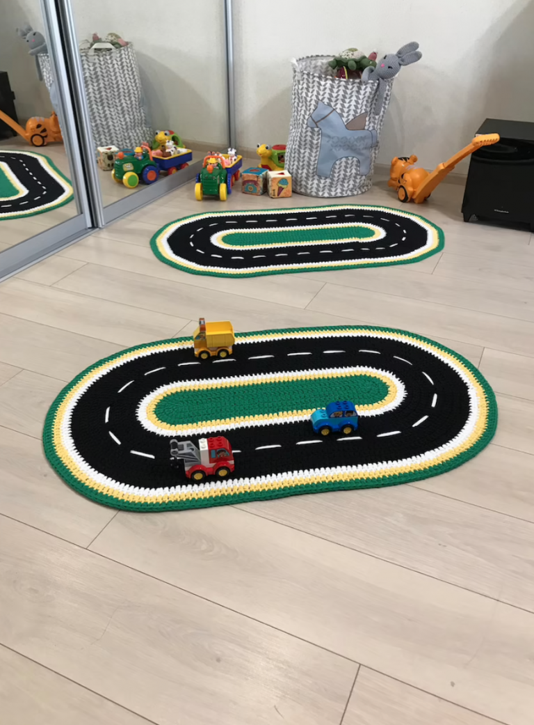 You Can Get Your Kids A Crochet Race Track Rug That'll Have Them Racing Around For Hours