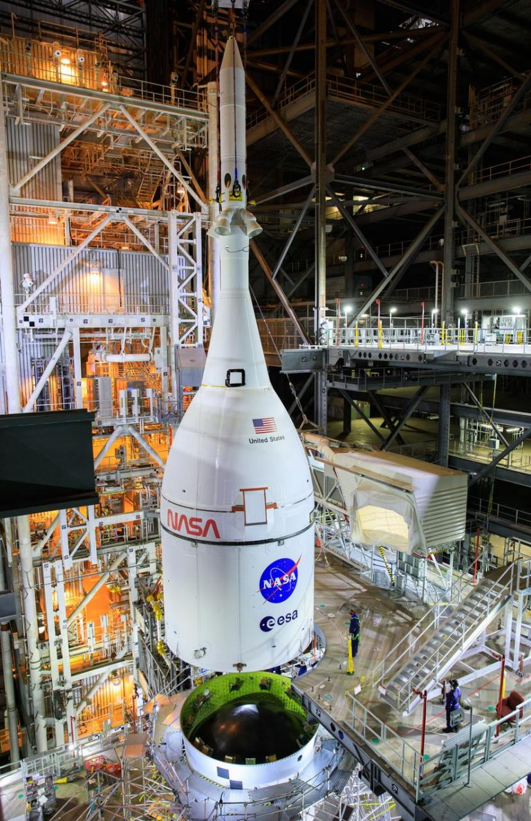 NASA's Entire Photo Gallery is Available For You To View and Download For Free