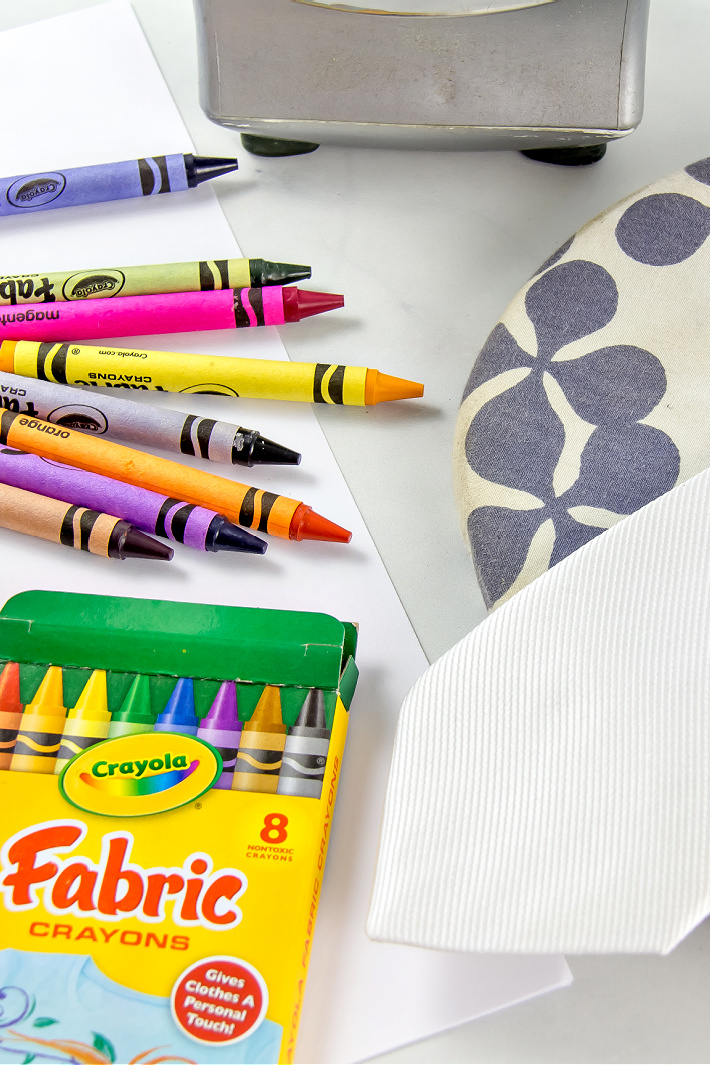 supplies need to make a personalized tie for dad for Father's Day using fabric crayons